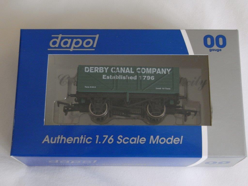 Dapol Wagon Boxed